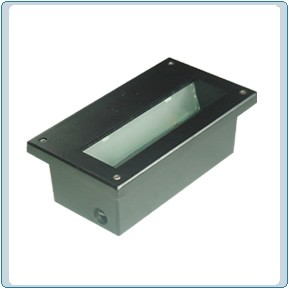 DSL 1003 120 Volt Cast Aluminum Step Light