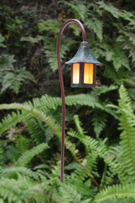Fernwood Lantern Garden Light