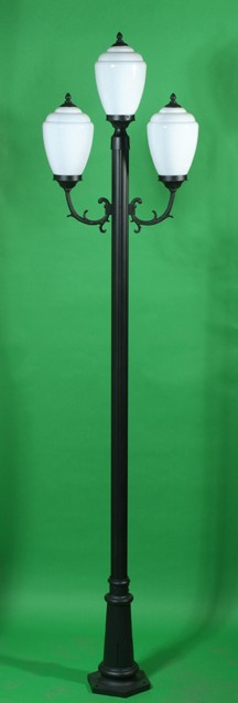 GM 4003 Powder Coated Cast Aluminum Post Light