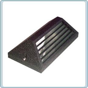 LV 608 Low Voltage Cast Aluminum Step Light